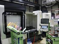昨年9月に導入されたDMG森精機の「NVX−5080」にグリーンG1チャックを装填、結果を出してきた